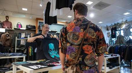 The Lud's owner, Lenny Ogeturk, suggests a shirt