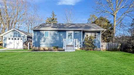 This three-bedroom, one-bath ranch on Laurie Boulevard in