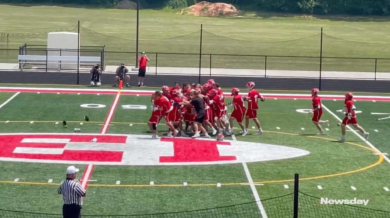 Highlights of Friends Academy's 15-14 double-overtime victory over