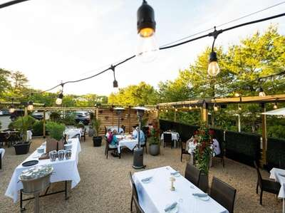 Diners on the outside patio at Centro Trattoria