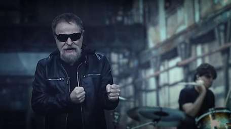 Eric Bloom and his Blue Öyster Cult band