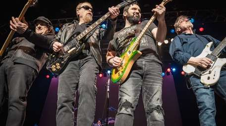 Blue Öyster Cult will perform at Suffolk Theater