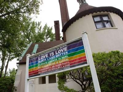 A sign in front of the Unitarian Universalist