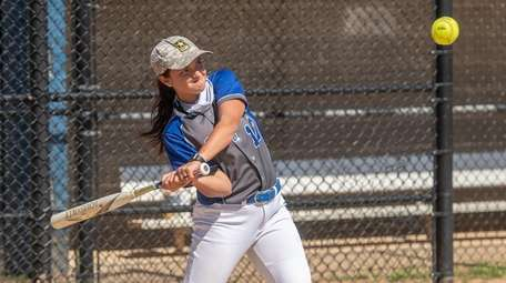 Gianna Oliveri batted .275 this season for Centerach.