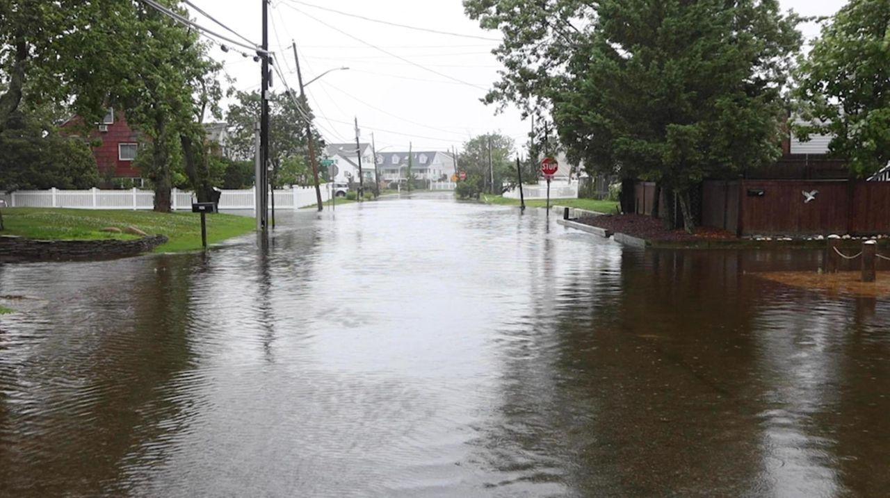 Newsday meteorologist Bill Korbel takes a look back