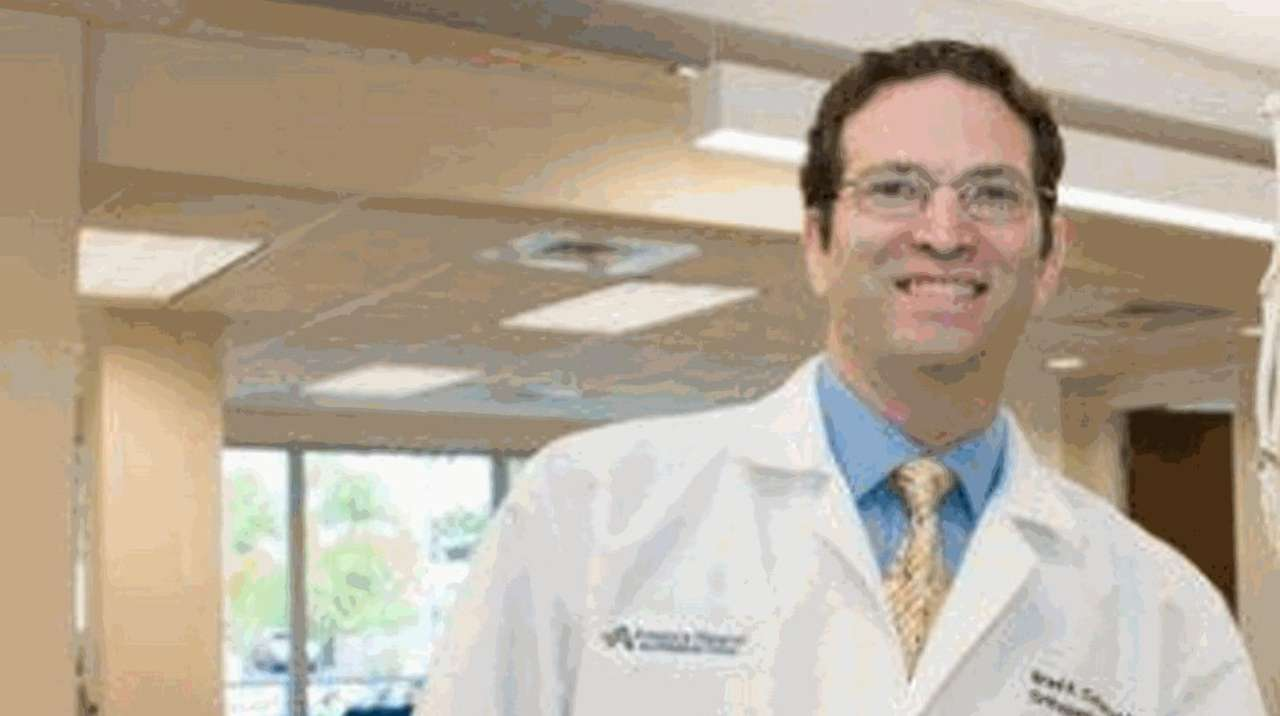 Brad Cohen, an orthopedic surgeon formerly of Dix