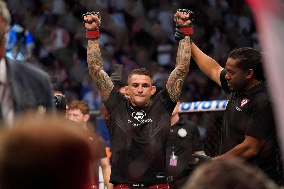 Dustin Poirier is declared the winner after Conor