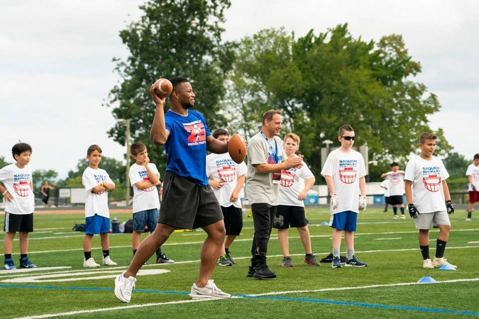 New York Giants running back Saquon Barkley leads