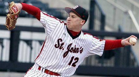 St. John's Alex Katz pitches against Stony Brook