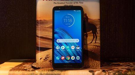Motorola Moto E6  features a 13-megapixel camera,