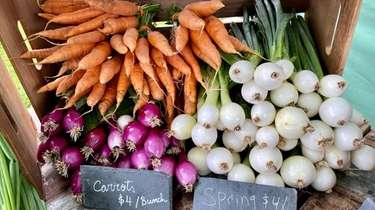 Produce from Valentine's Farm at the Deep Roots