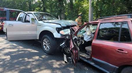 Scene of serious crash on South Street in