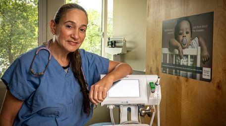Dr..  Eve Meltzer Crieff.