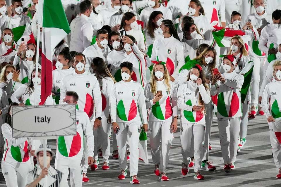 Athletes from Italy march during the opening ceremony