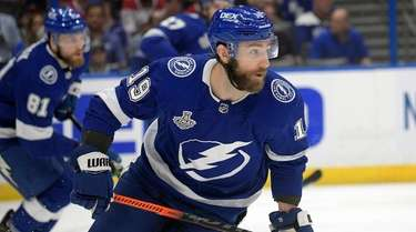 \Tampa Bay Lightning right wing Barclay Goodrow in