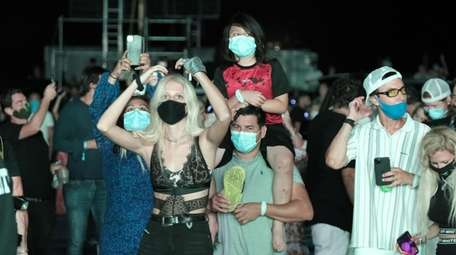 Concert goers at The Chainsmokers concert at Nova's