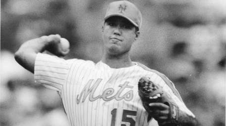 Ron Darling pitches in his last game for