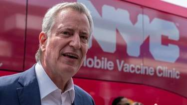 Mayor Bill de Blasio says the vaccine mandate