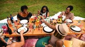 VibeNic brings a luxury picnic service trend to
