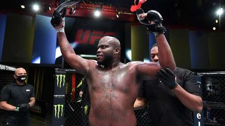 Derrick Lewis reacts after his knockout over Aleksei
