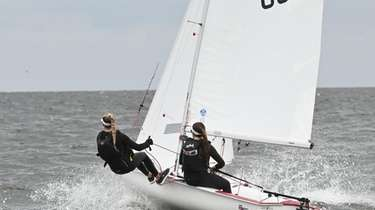 Young sailors practice for this weekend's regatta race