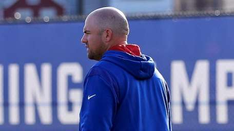 New York Giants offensive line coach Rob Sale