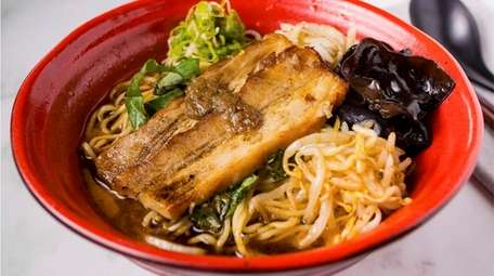 Tonkotsu pork ramen at eShin Noodle Bar in