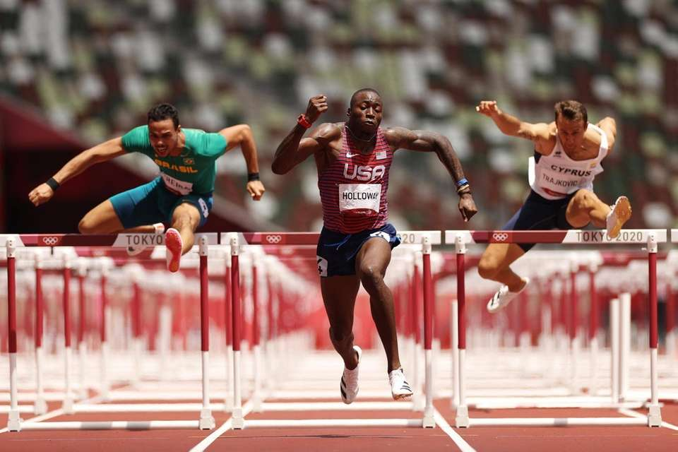 Grant Holloway of Team United States competes in