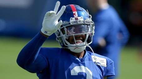 Giants wide receiver Sterling Shepard gestures during training