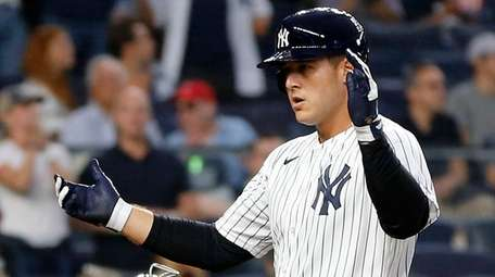 Anthony Rizzo #48 of the New York Yankees