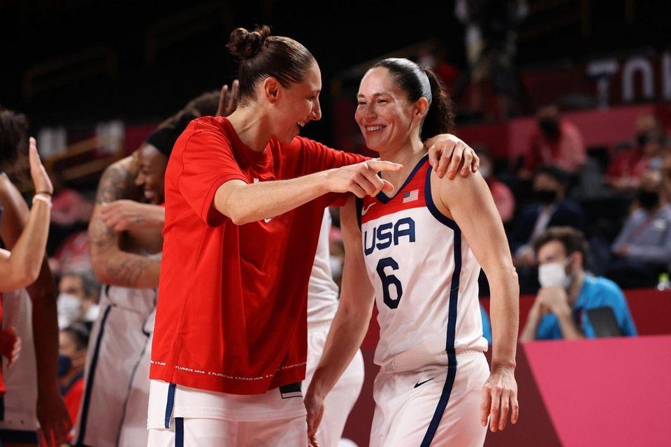 Sue Bird #6 of Team United States and