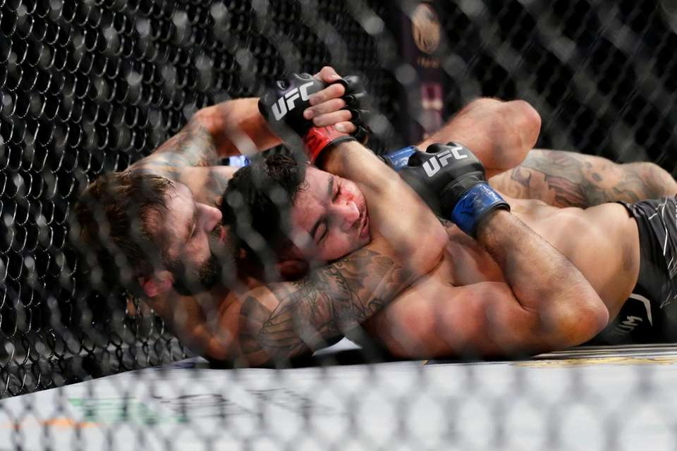Michael Chiesa, left, has the upper hand with