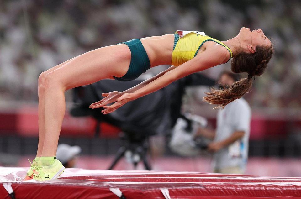 Nicola McDermott of Team Australia reacts as she
