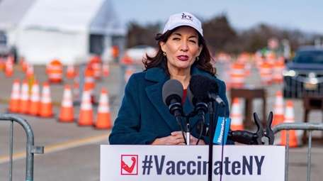 Lt. Gov. Kathy Hochul speaks at a vaccination