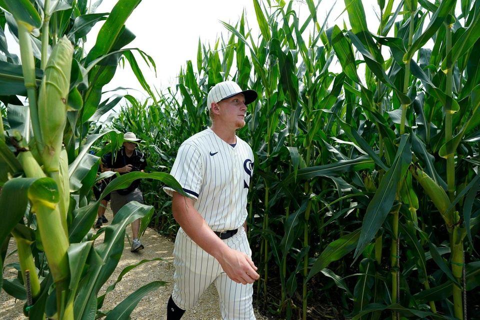 Chicago White Sox first baseman Andrew Vaughn walks