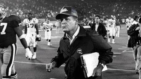 Jets head coach Joe Walton running off the