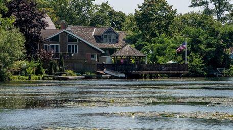 Roseann Chiuchiolo Callister's childood home on West Lake