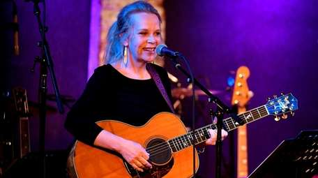 Mary Chapin Carpenter will perform at the first