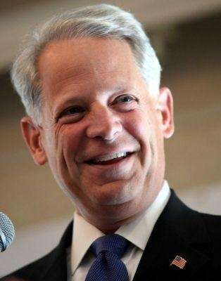 Rep. Steve Israel (D-Huntington) he will reintroduce federal