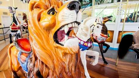 Lakeside Lion, Ernest and Lilly's Loola at the