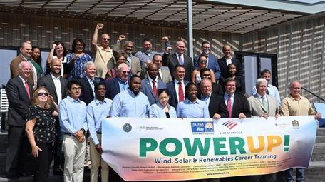 United Way Long Island board members, trainees and