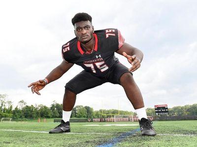 Half Hollow Hills East linebacker Konadu Boadu
