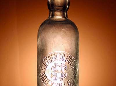 Glass beer bottle, 1890 Jacob Hartmann moved to
