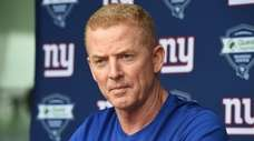 New York Giants offensive coordinator Jason Garrett speaks