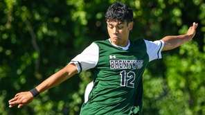Juan Gomez of Brentwood takes control of the