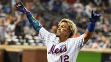 Mets shortstop Francisco Lindor comes out of the