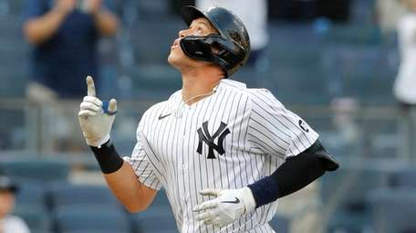 Aaron Judge of the Yankees celebrates his eighth-inning