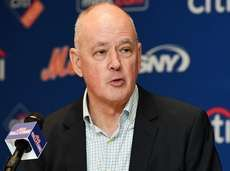 Mets president Sandy Alderson at a news conference
