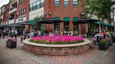 Seventh Street is a shopping and dining destination