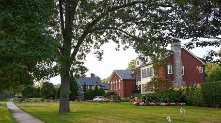 Homes along Stewart Avenue in Garden City.